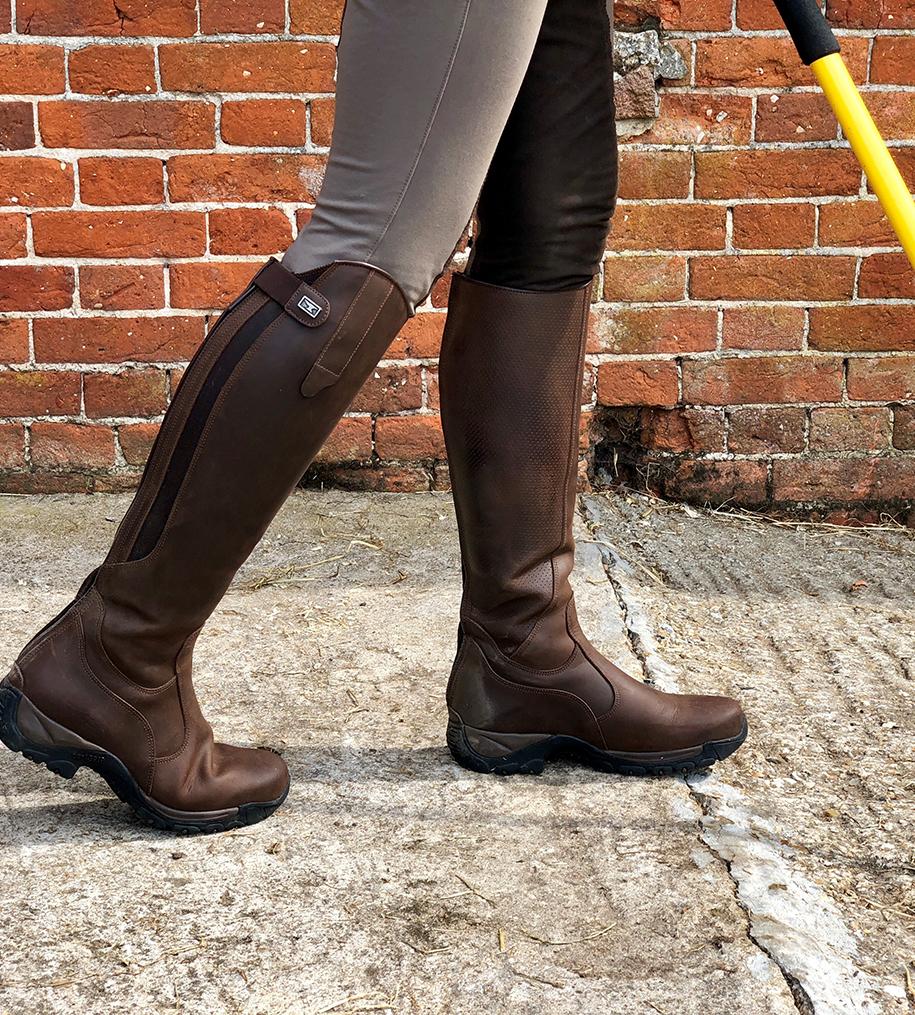 Yard Boots